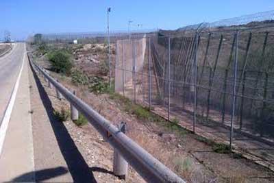Border fence , Melilla