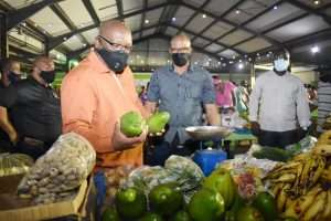 Photo of Prime Minister Harris at Market Stall